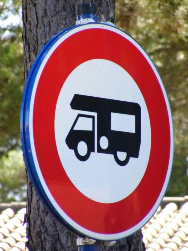 La signalisation autocaravane - Aire de stationnement camping car port la nouvelle ...